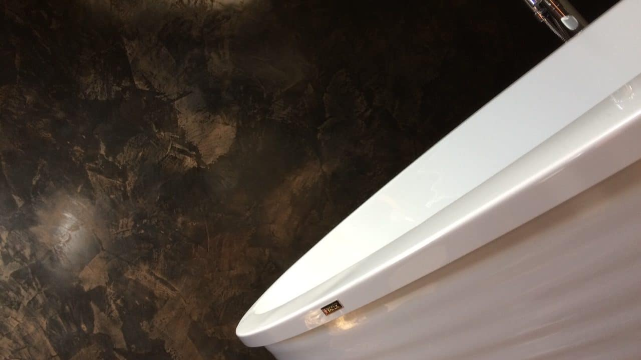 Polished Plaster Bathroom 1